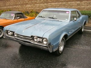 Oldsmobile Cutlass 67 8 bb