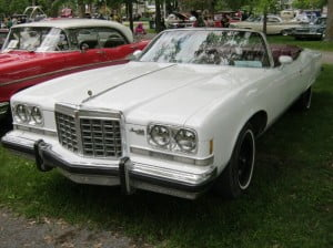 PontiacGrandVille743f