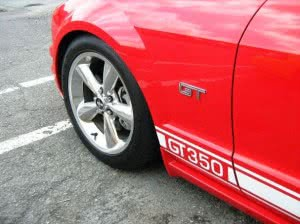 Ford Mustang 106 n3 d3