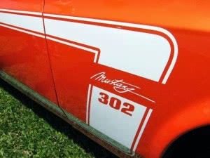 Ford Mustang 70 n8 d3
