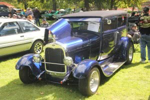 2013-09-08 Antique car show in Valleyfield 5th edition 150