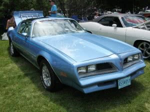 Pontiac Firebird 77 7 bb