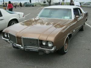 Oldsmobile Cutlass 72 11 bb
