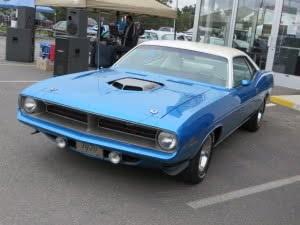 Plymouth cuda-11