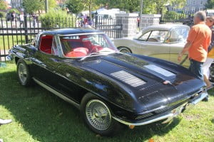 2013-09-08 Antique car show in Valleyfield 5th edition 209