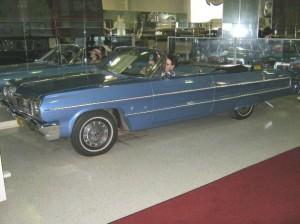 209 Chevrolet Impala 64 11 bb