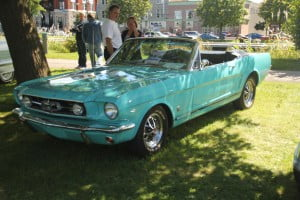 Antique car show in Valleyfield3