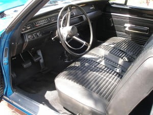 1968 PLYMOUTH ROAD RUNNER Interior a